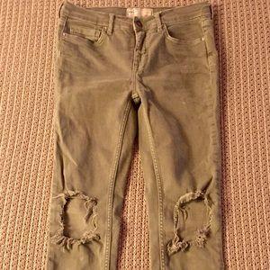 Free People Jeans - 💥 Free People Busted Knee Skinny Jeans 💥